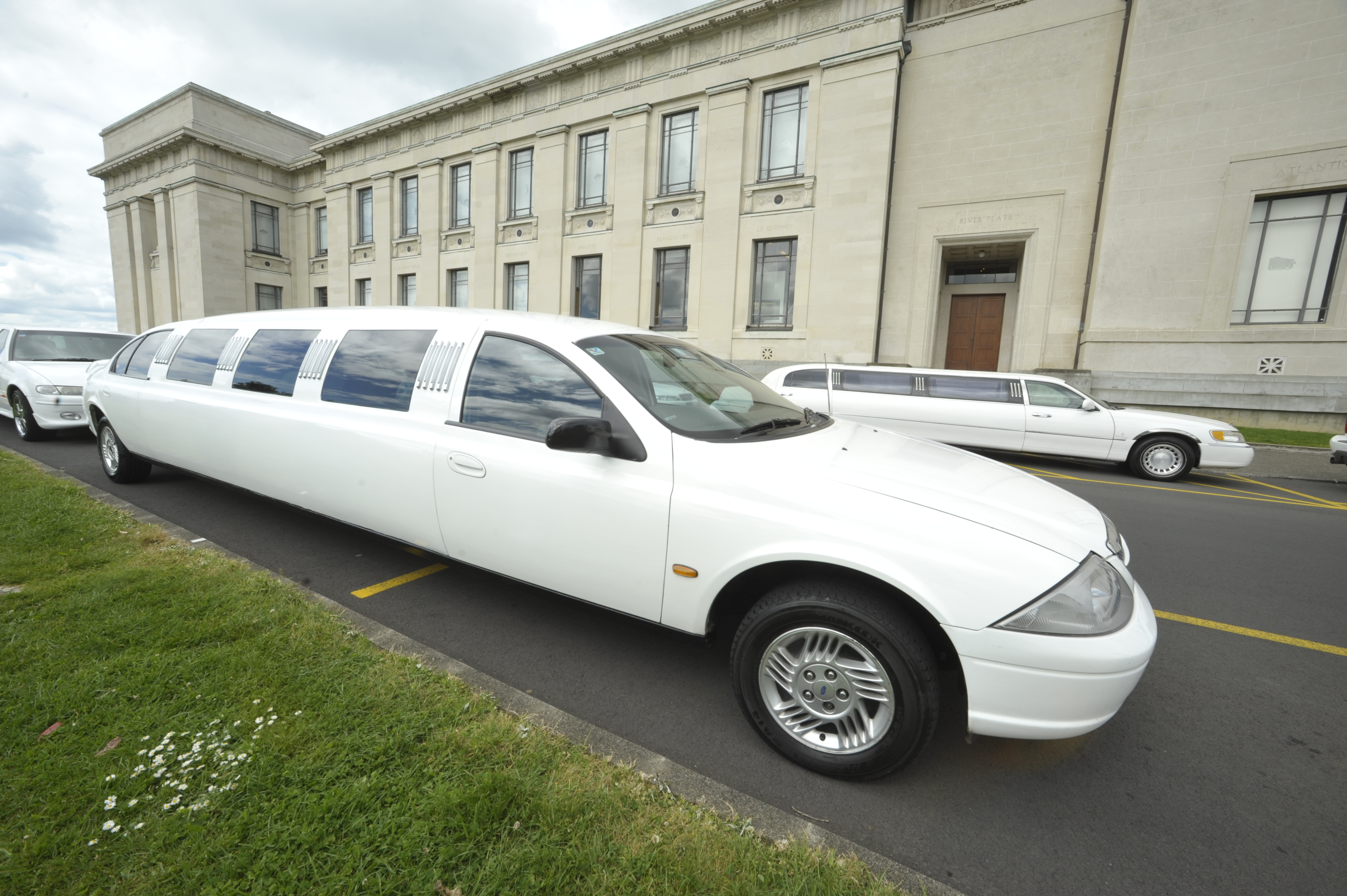 12 Seater Ford Limousine